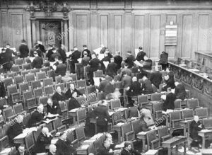 September 1930: NSDAP members turn their backs to the Reichstag